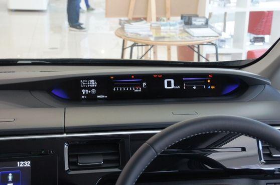 ステップワゴンのデジタルメーター