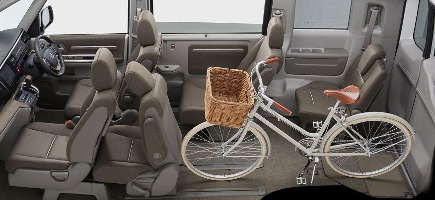 ステップワゴンに自転車を積んだ写真