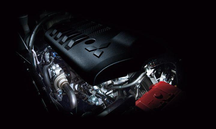 新型デリカD:5のエンジン