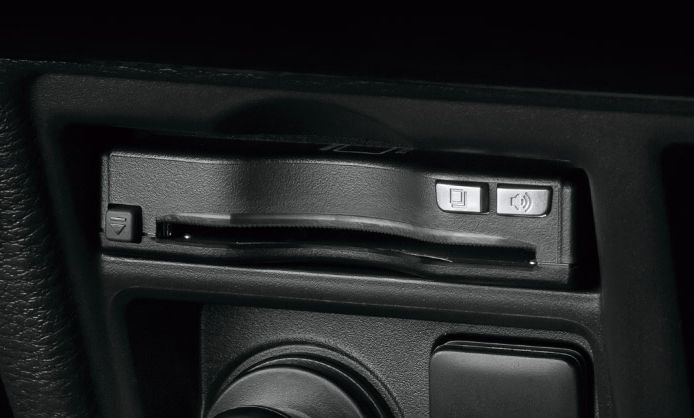ETC2.0車載器のビルトイン装着