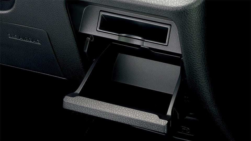 運転席ロアボックス+カードホルダー